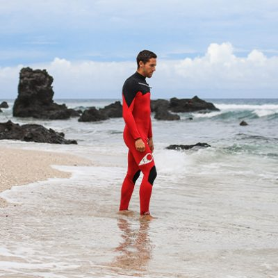 """I really like this wetsuit while I'm surfing in summer as well as in winter"""