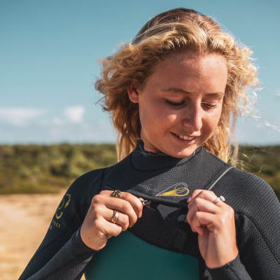 """I love the GURU wetsuit. It's really flex, perfect to surf with."""